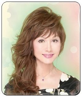 山本リンダ、若い