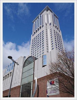 梅田芸術劇場、アクセス