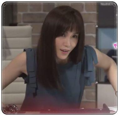 「カンナさーん!」出演時に肩にリボンのデザインが印象的なトップスを着こなす山口紗弥加